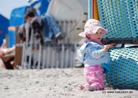 Am Strand vom Campingplatz Bensersiel