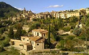 die Finca Son Escanelles in Valldemossa