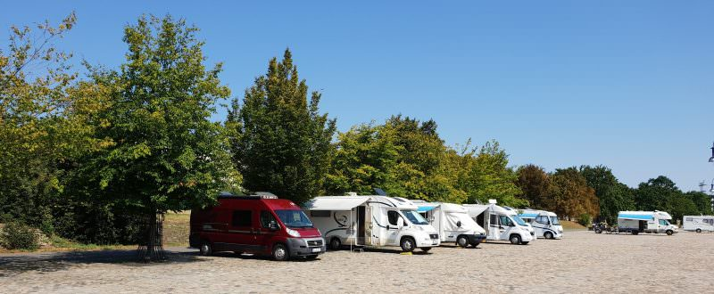 Wohnmobil-Stellplatz an der Elbe, Magdeburg