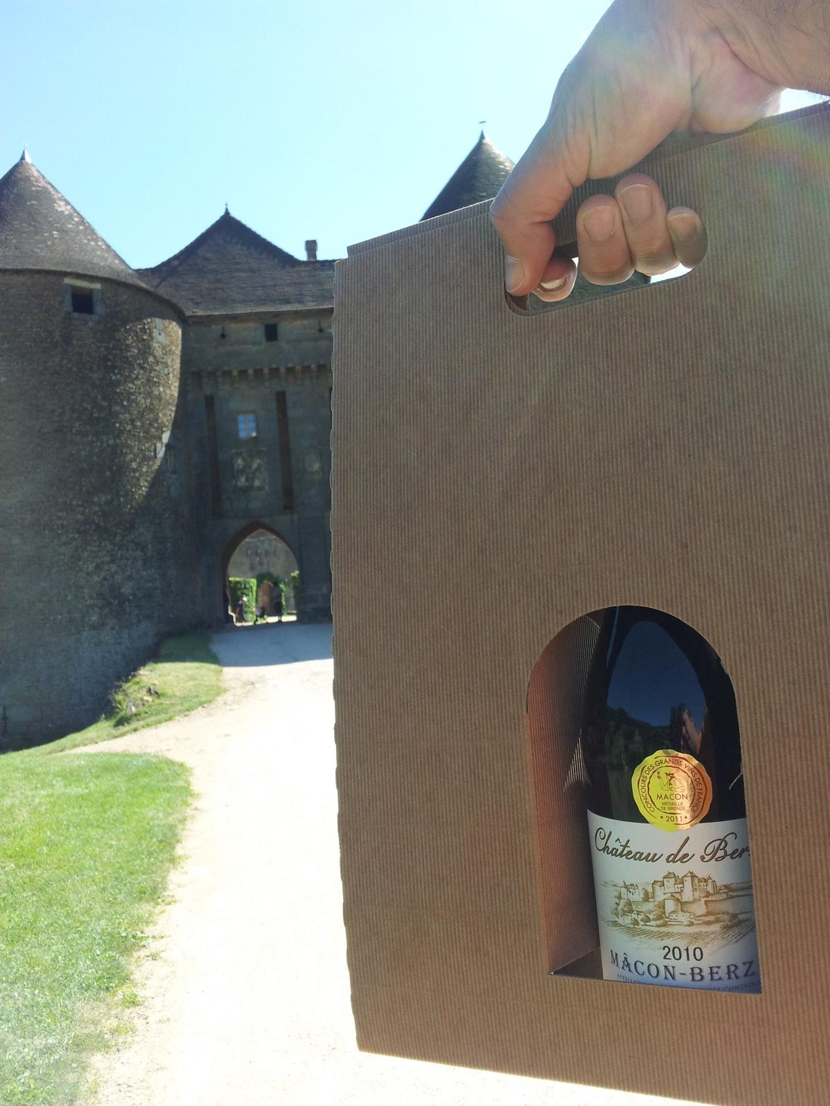 Wein von der Burg Berzé le Châtel