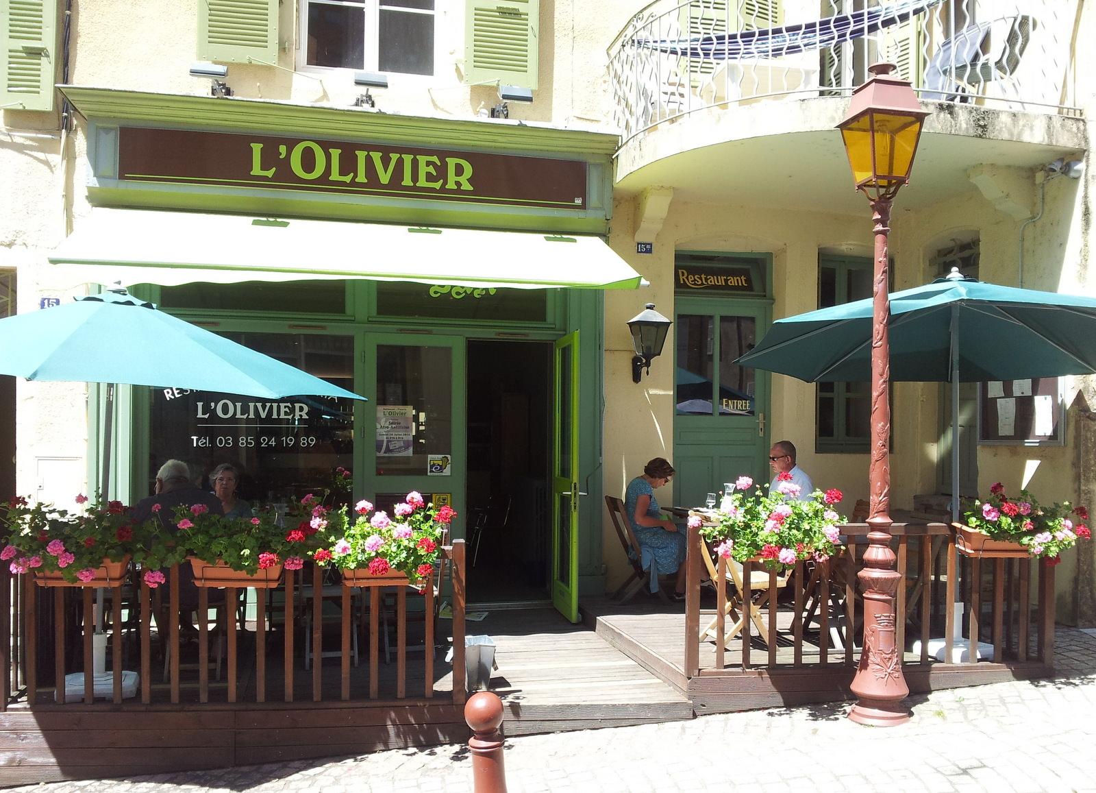 L'Olivier Restaurant in Charolles