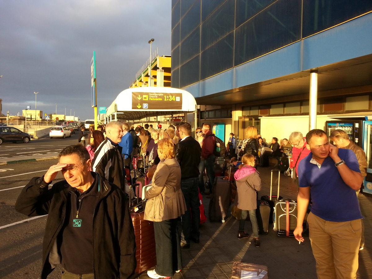 Flughafen Busstation