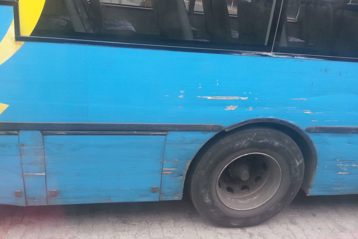 Schrammen im Stadtbus