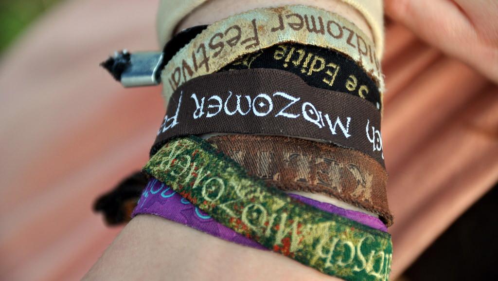Armbänder