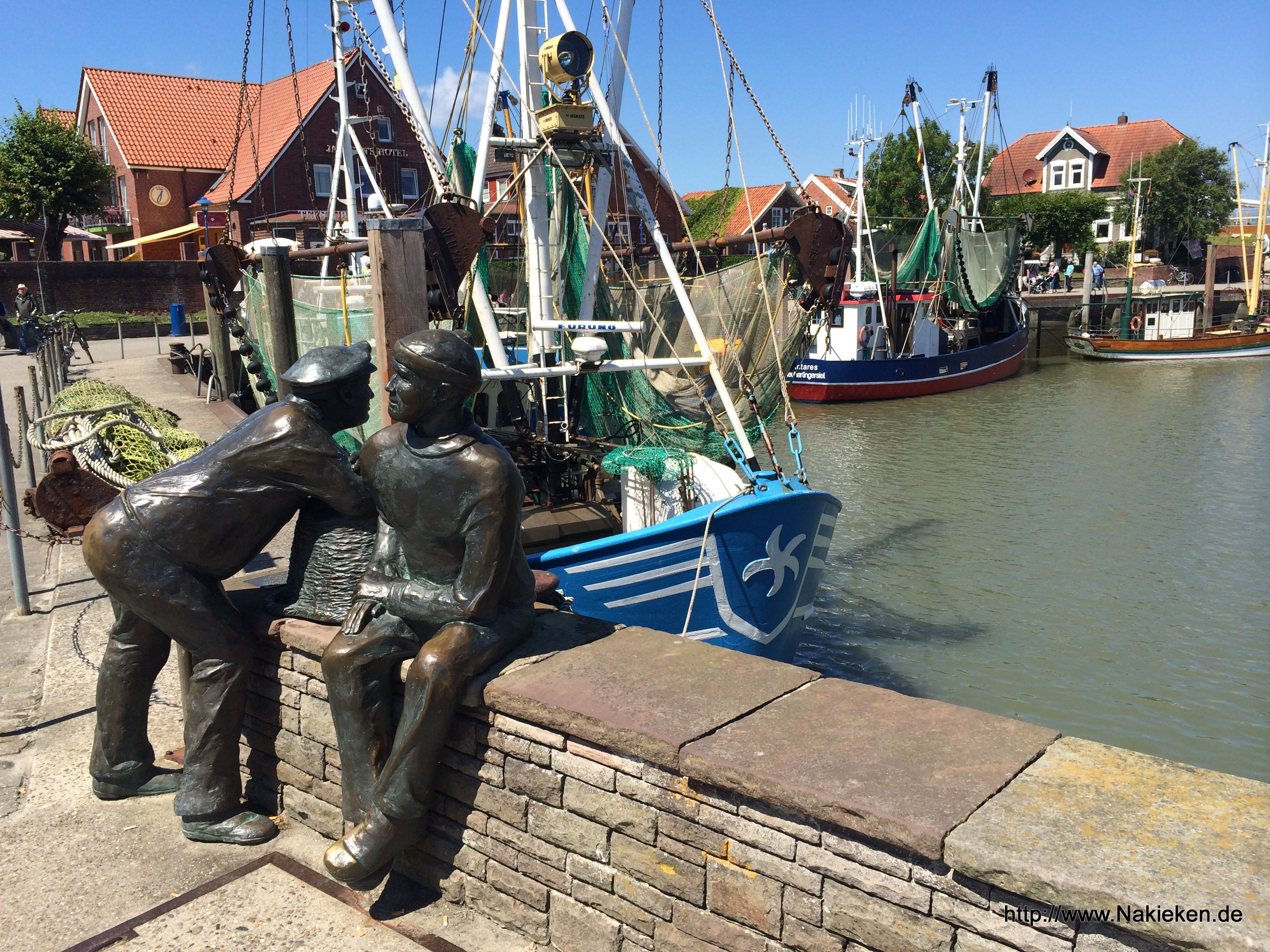Hafenfiguren in Neuharlingersiel
