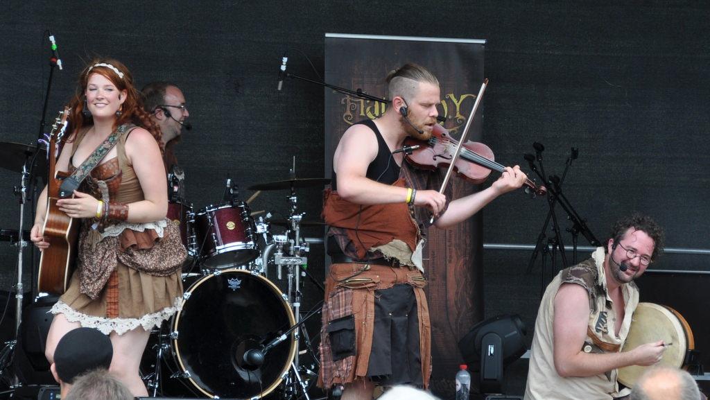 Harmony Glen auf der Bühne