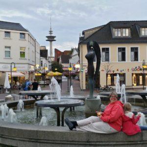 Der Stadtbrunnen (Die Karl May Festspielen in Bad Segeberg: Mit dem Wohnwagen ist man viel näher dran)