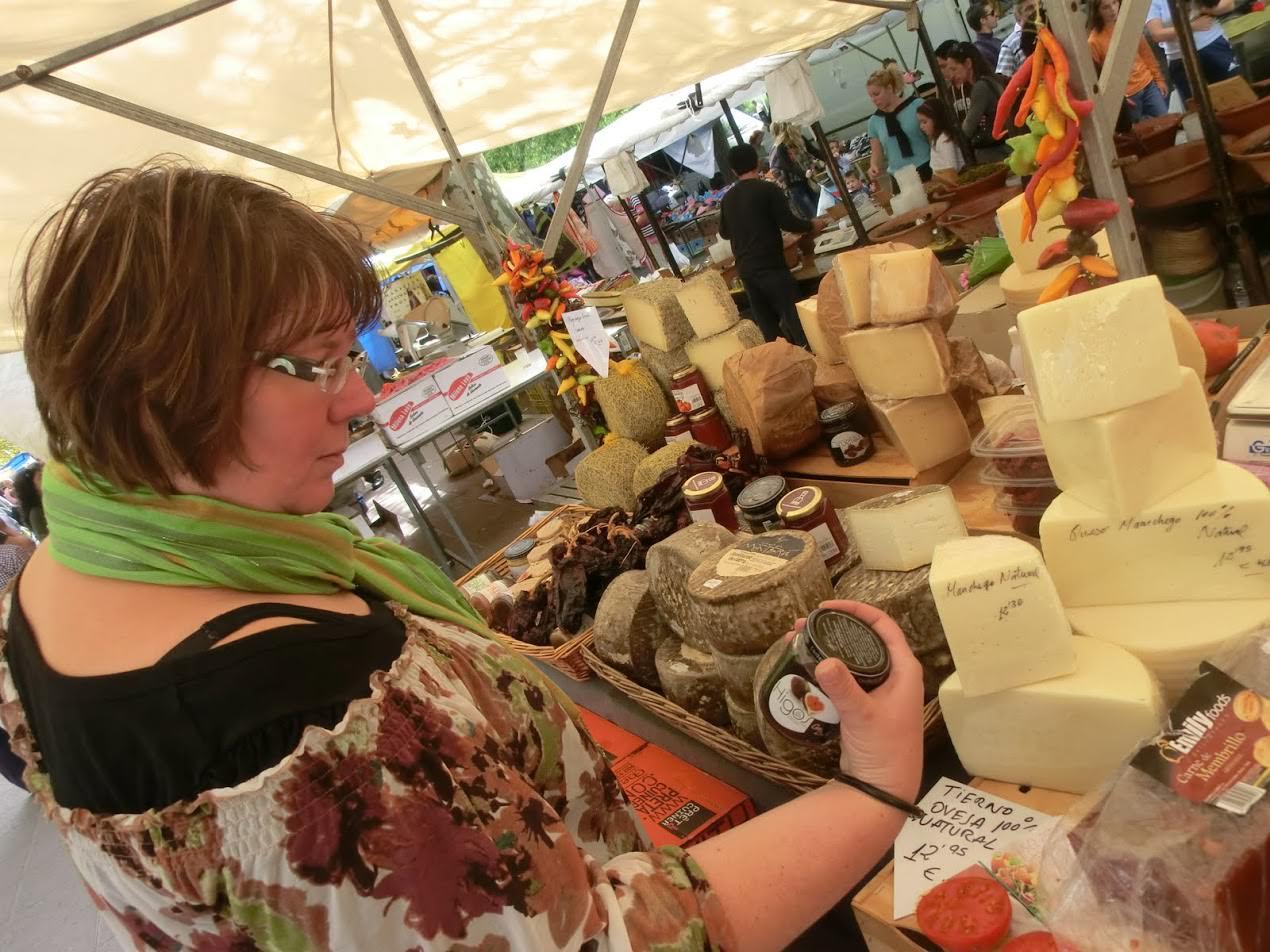Frischer Käse auf dem Markt