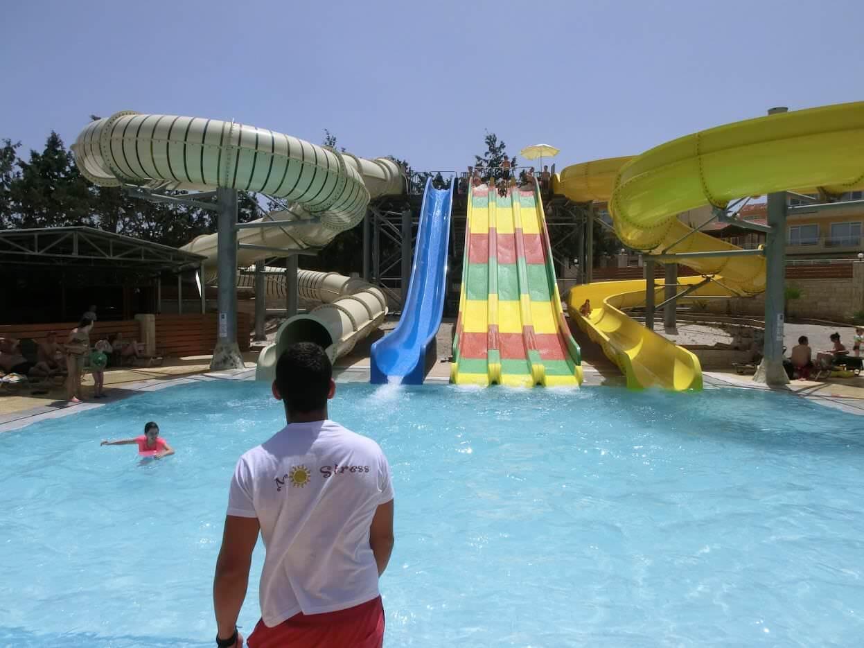 Wasserrutsche des Gouves Park