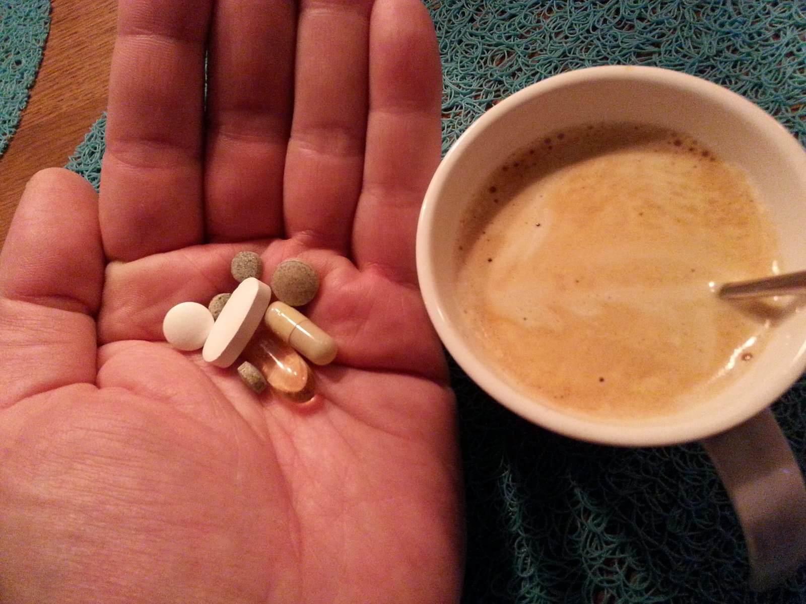 Eine Hand voll Pillen