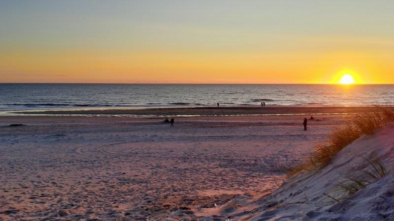 Sonnenuntergang am Strand von Hvide Sande