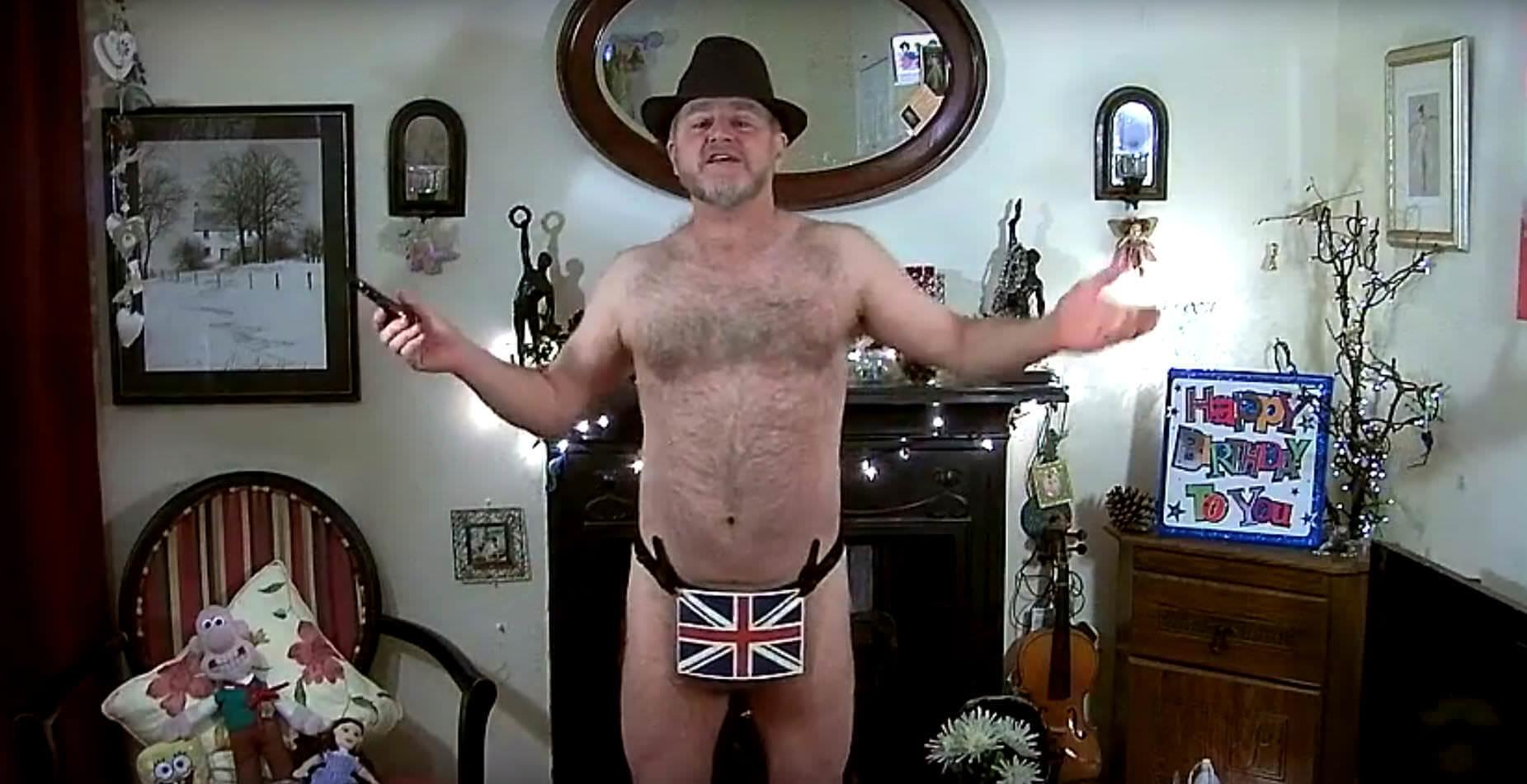 Brite in Unterhose