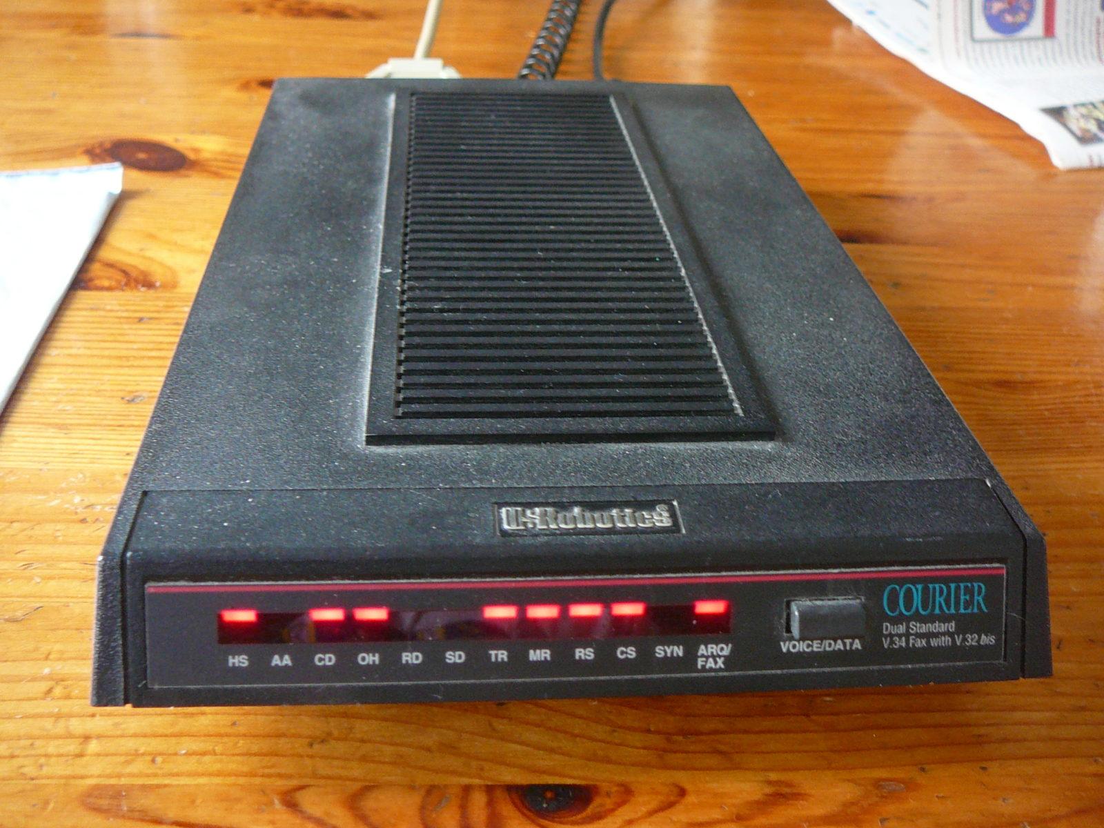 US Robotics analog modem Courier V34