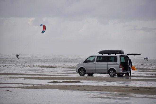 Kitesurfer an der Nordsee
