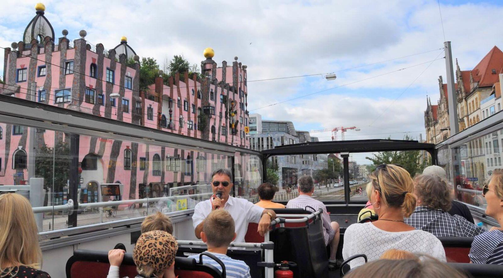 Unsere Stadtrundfahrt durch Magdeburg klang ungefähr so ... macht das nicht Lust?