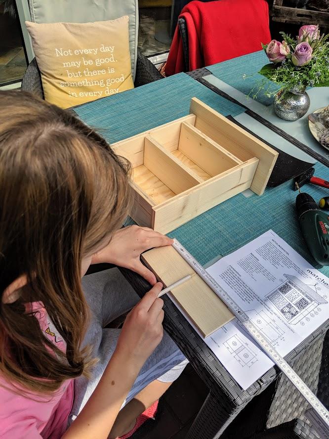 Sägemarken ausmessen und einzeichnen