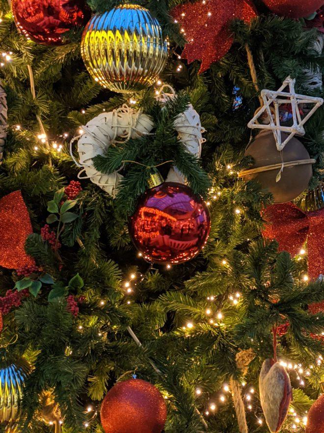 Geschmückter Weihnachtsbaum
