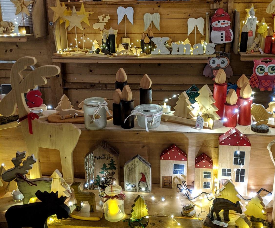 Weihnachtsdeko auf dem Dornumer Weihnachtsmarkt