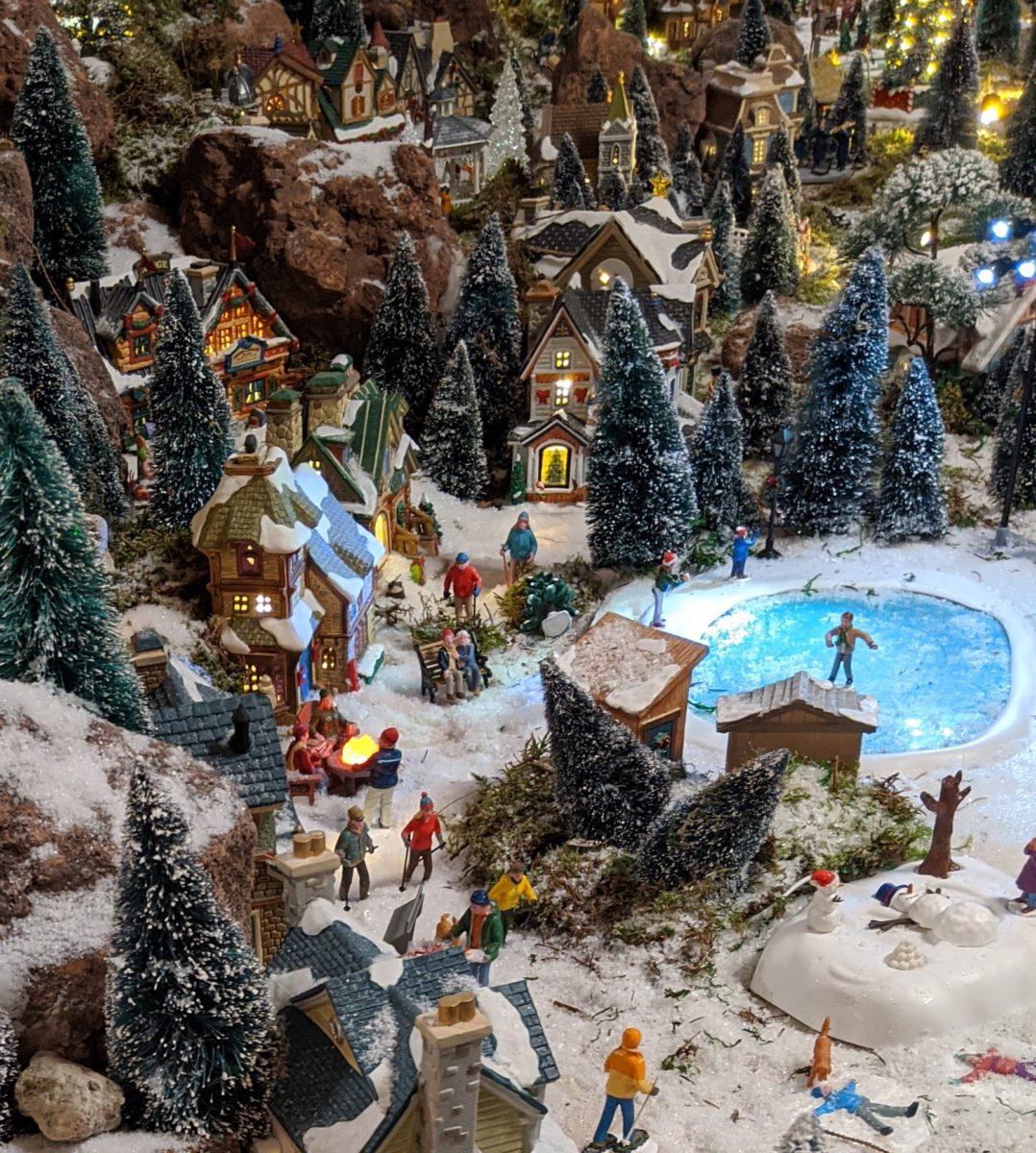 Weihnachtsdorf mit See