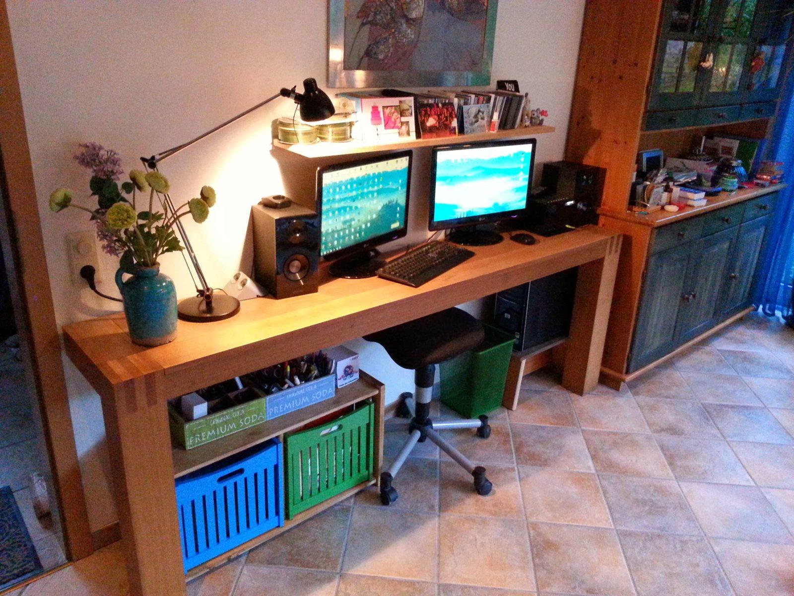 Halber PC Wandtisch