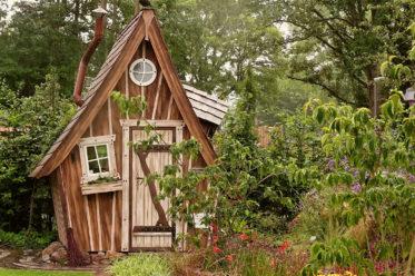 Holzhaus im Garten