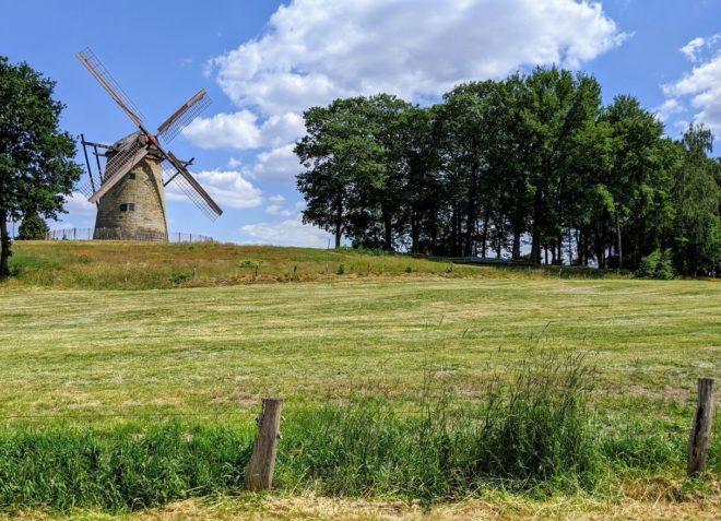 historische Mühle in Uelsen